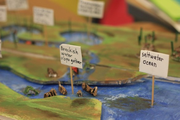 Student diorama showing the migration of the 'o'opu